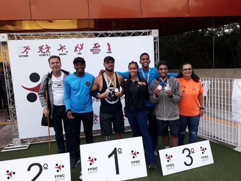 Atletas PCD de Paulínia participam de competição em São Paulo