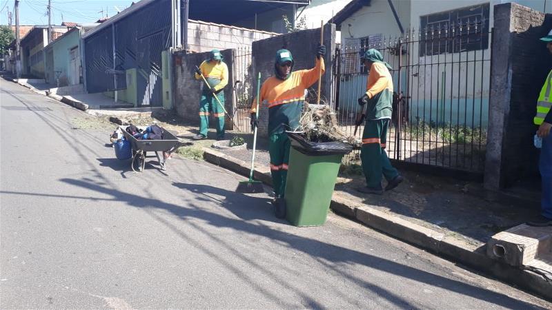 Prefeitura realiza mutirão de limpeza na região da Vila Nunes e Morro Alto