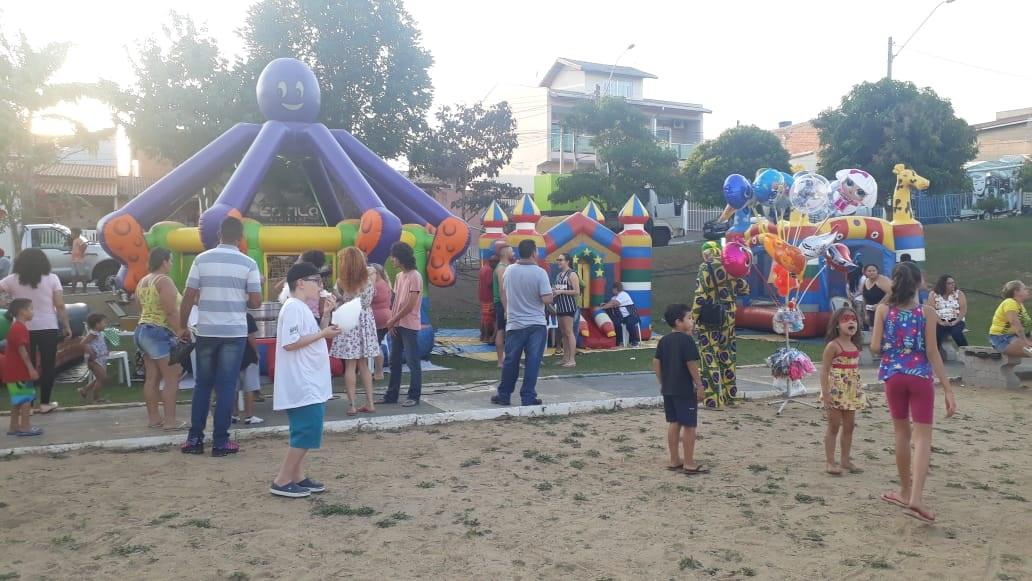Mais de duas mil pessoas passam pelo 'Alegria nos Bairros' no sábado e domingo