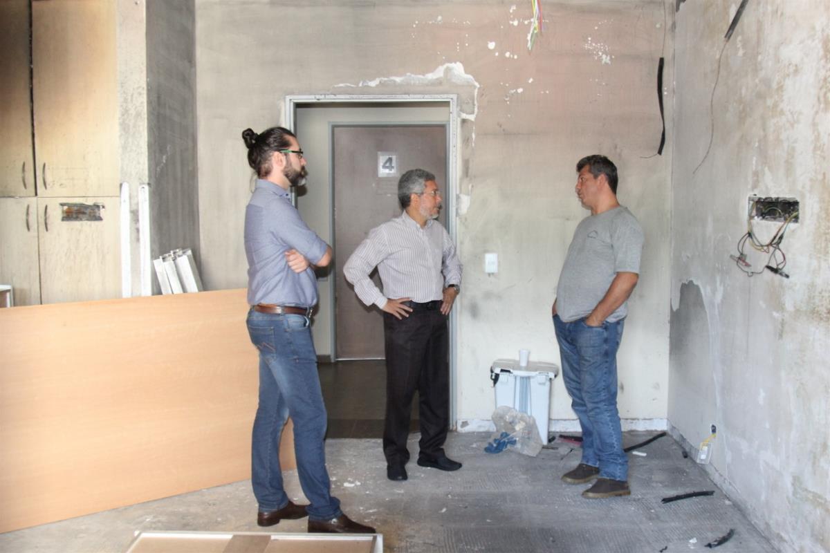 Prefeitura intensifica obras de reforma do Centro de Geriatria