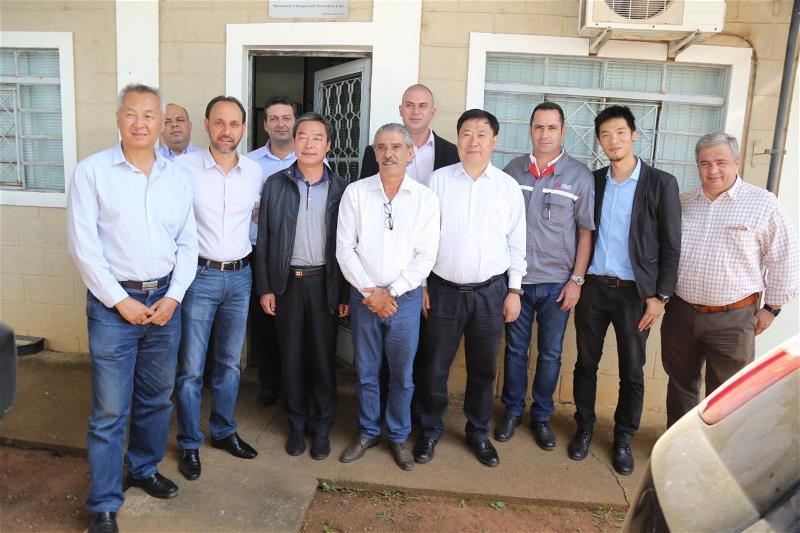 Du Cazellato visita comitiva de empresários chineses